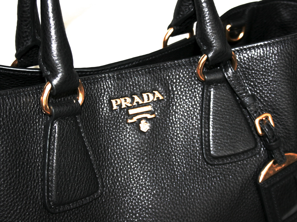 prada luxury handbag bag purse handbag bag new new bn2495. Black Bedroom Furniture Sets. Home Design Ideas
